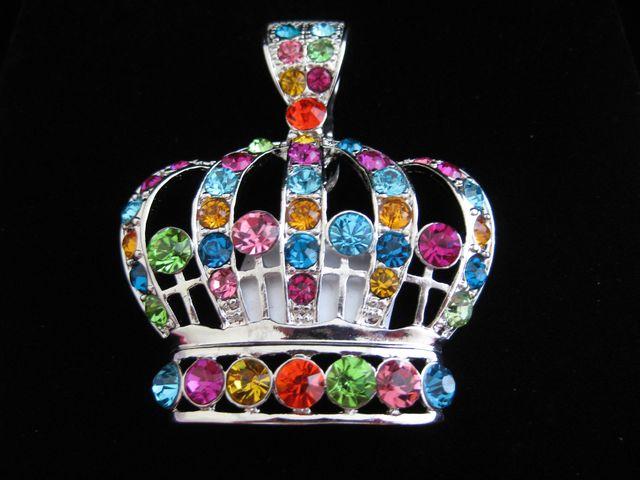 multi_color_crown_pendant.jpg