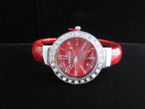 red_smallface_watch.jpeg.JPG