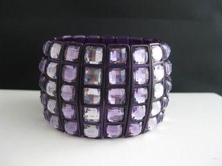 Purple_Lavender_Acrylic_Stretch.JPG